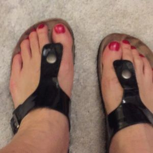 Patent leather thong sandals size 8 used worn